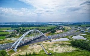 Zandhazenbrug over highway A1