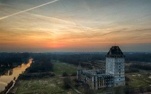 Almere Castle right after sunset