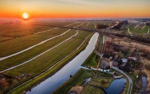 Sunset picture of windmill Meermolen de Onrust