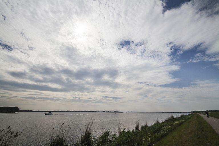 Gooimeerdijk