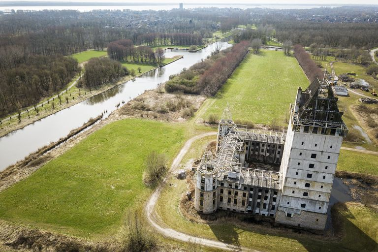 Kasteel Almere by drone