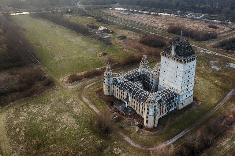 Almere Castle from above