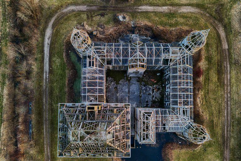 Top-down drone picture of Almere Castle