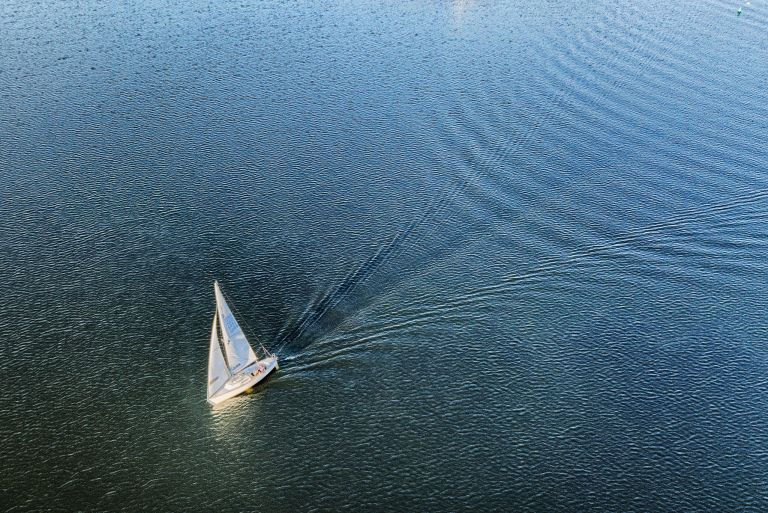 Sailing on lake Noorderplassen